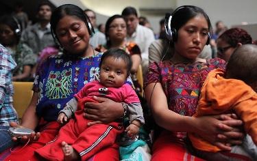 Женщины-майя на суде над Риос Монттом