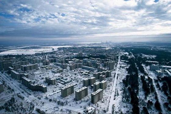 Янукович отправился в Чернобыль